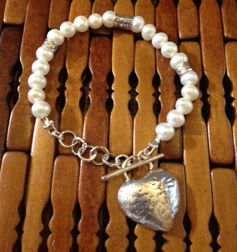 heart and pearl bracelet by Tamir Zuman